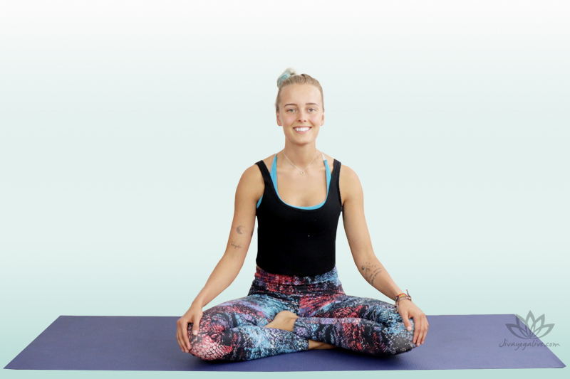 easy pose - sukhasana sara